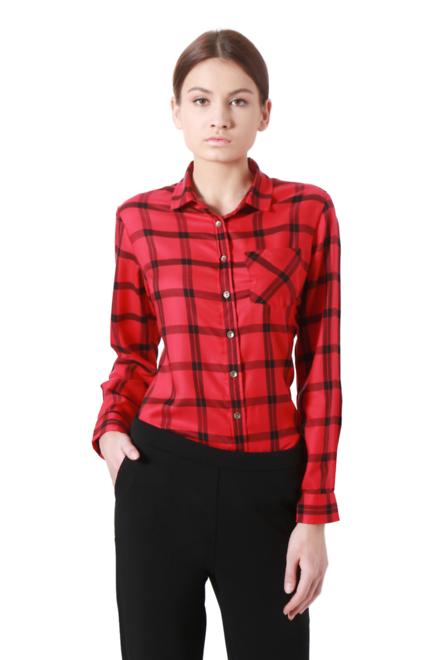 red shirts for women