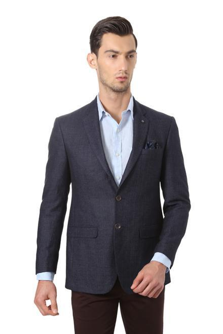 Get Layered in Style with Stylish Blazers for Men on Limeroad.com