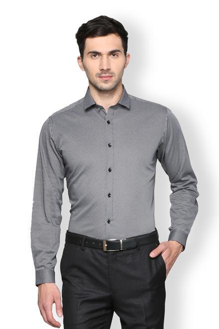 Van Heusen Men Shirts - Buy Shirts for Men India  ddbca5741911