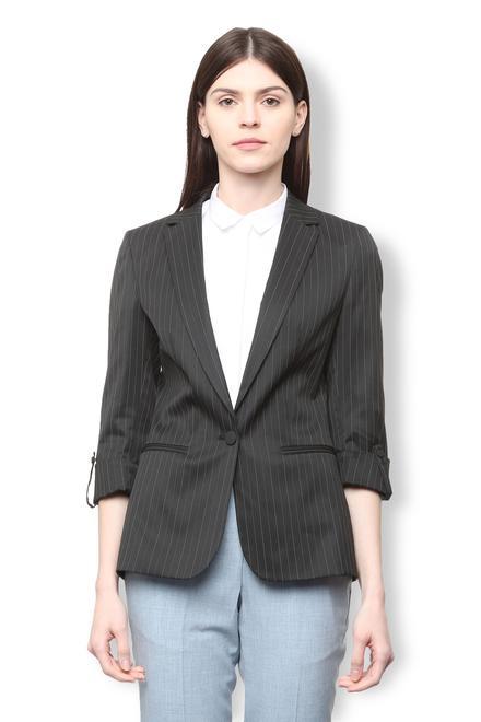 Buy Van Heusen Suits and Blazers for Women Online  c642fd7c8