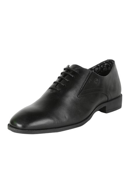 b5d83bbac3a4 Van Heusen Footwear, Van Heusen Black Formal Shoes for Men at  Vanheusenindia.com
